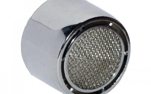Аэратор для смесителя М22 ВР (пластик. корпус и метал. рассекатель)