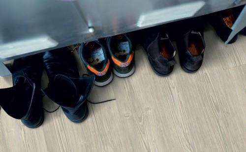 Замковая ПВХ плитка PERGO Optimum Rigid Click Classic Plank Сосна Шале светлая V3307-40054