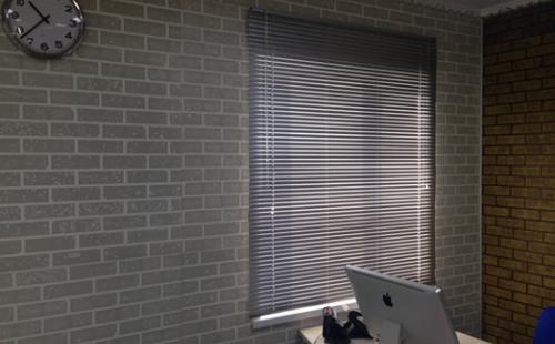 АКВАТОН листовая панель МДФ Кирпич цвет Белый 1220х2440х6 мм (3м2)