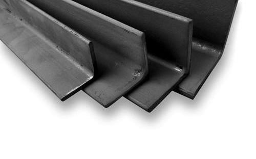 Уголок равнополочный стальной 35х35х4 мм длина 6 м